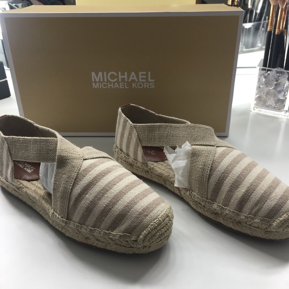 2183745aca6 M 5b2996ff9539f7980f1b8d9e. Other Shoes you may like. Michael Kors  Espadrille